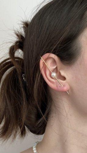 Clou d'oreille blanc-doré