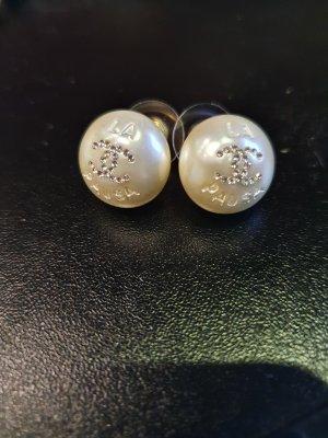 Chanel Pendientes de perlas multicolor