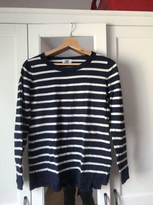 Old Navy sweater - Small/Medium