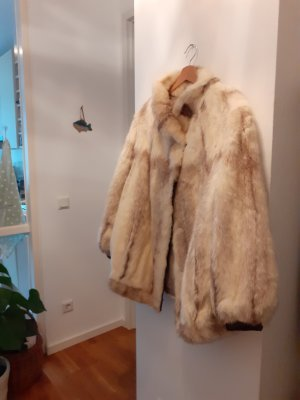 Veste de fourrure blanc cassé fourrure
