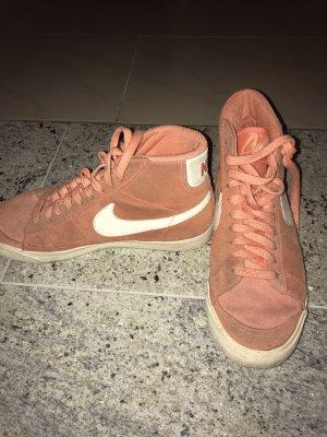 Nike Sneaker stringata arancio neon