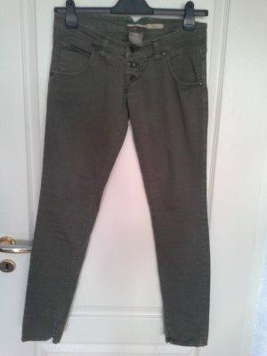 olivfarbene Jeans von PLEASE
