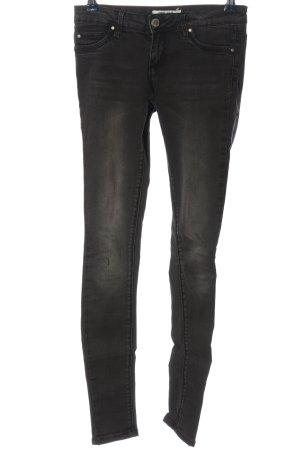 One love by colloseum pantalón de cintura baja negro look casual