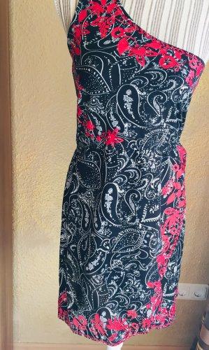 One - Shoulder-Kleid