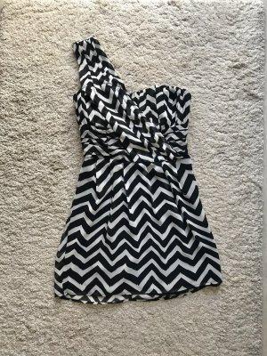 One-Shoulder Kleid in Schwaz-Weiß
