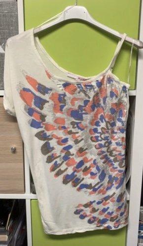 One -Shoulder Shirt