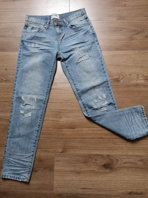 One Teaspoon Street Destroyed Jean Size 26