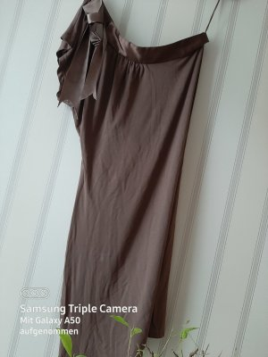 b.p.c. Bonprix Collection Vestido de un hombro taupe