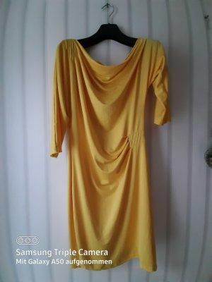0039 Italy Vestido de un hombro amarillo