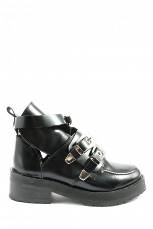 Oniyigo Cut Out Booties black casual look