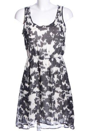 Only Blusenkleid schwarz-weiß abstraktes Muster Casual-Look