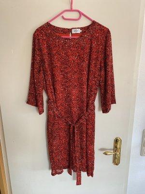 Only BlusenKleid Shirtkleid leo Print Muster Rot schwarz weiß 42 XL Neu