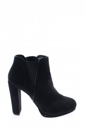 Only Booties black business style
