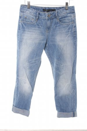 Only Boyfriendjeans kornblumenblau Logo-Applikation