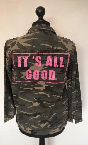 ONLY Camouflage Jacke mit Nieten und Rückenprint Gr 36