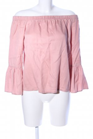 Only Blusa tipo Carmen rosa look casual