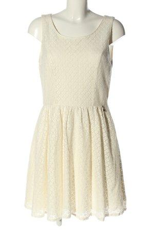 Only Robe découpée blanc cassé motif de fleur élégant