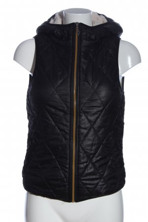 Only Fur vest black quilting pattern casual look