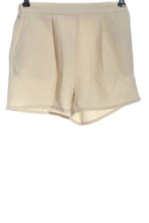 Only Pantalón corto de talle alto blanco puro look casual