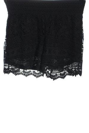 Only Pantalón corto negro look casual