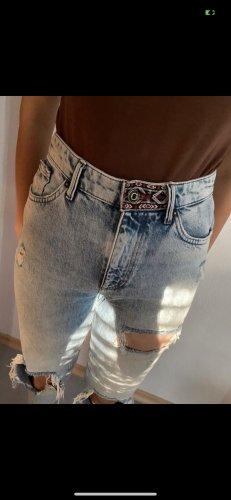 Only Jeans mit rissen!