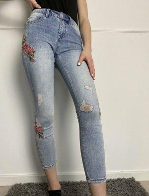 Only Jeans mit Stickerei