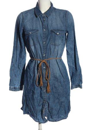 Only Vestido vaquero azul look casual