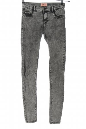 Only Jeggings gris claro look casual