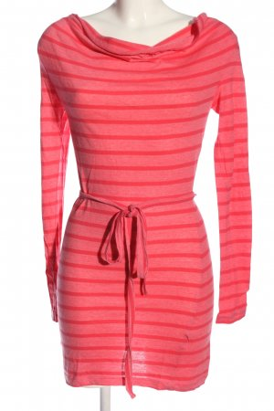 Only Tube Dress pink-red flecked casual look