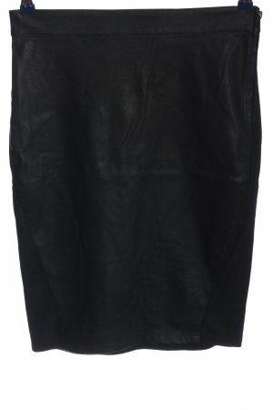 Only Falda midi negro look casual