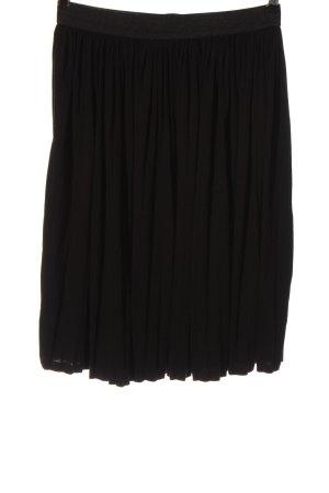 Only Falda plisada negro look casual