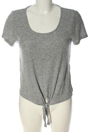 Only Camisa acanalada gris claro look casual
