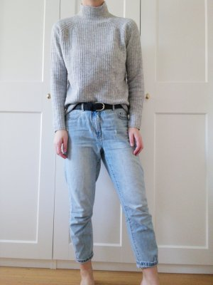 Only Jersey de cuello alto gris claro