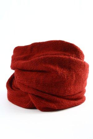 Only Bufanda tubo rojo look casual