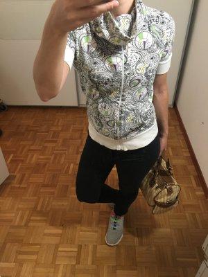 ONLY Shirt / Kurzarmpullover Gr. S mit Tunnelneck