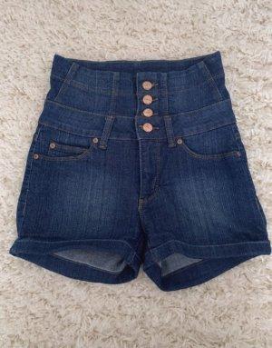Only Shorts Größe 25