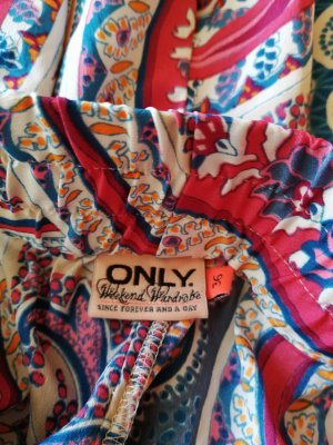 Only Shorts mit Paisley Muster Gr. 36