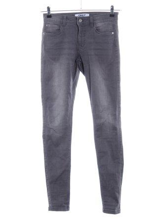 Only Vaquero skinny gris claro look casual