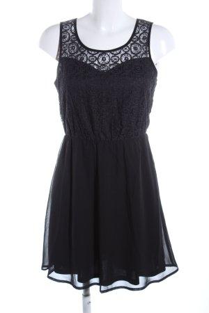 Only Vestido de encaje negro look casual