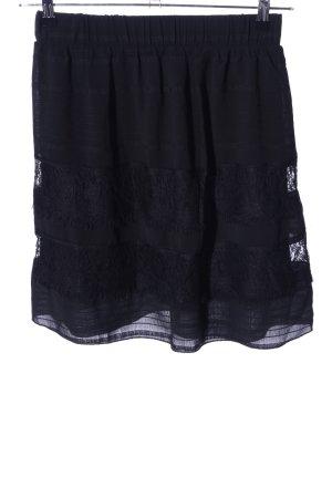 Only Falda de encaje negro estampado a rayas look casual
