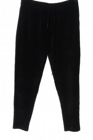 Only Pantalón tipo suéter negro look casual