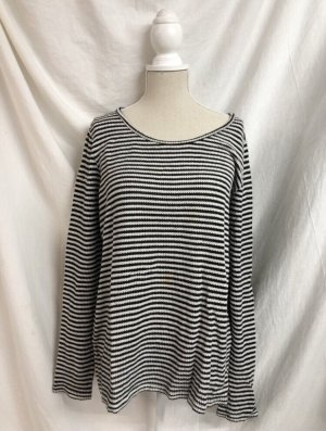 Only Szydełkowany sweter czarny-biały