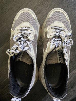 Onygo Sneaker