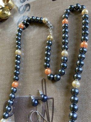 Collana di perle marrone-nero