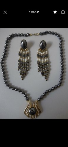 Onyx Steine Perlen Halskette und Ohrringe aus Nachlass