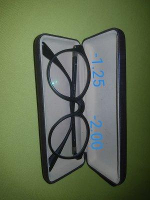 Optik Brillen
