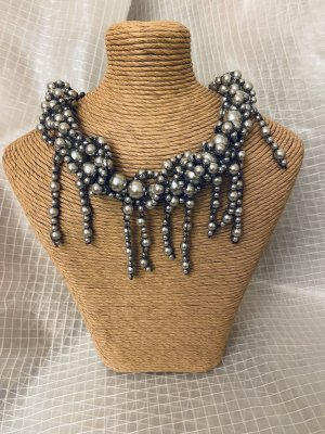 Pearl Necklace grey-silver-colored