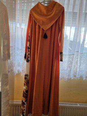 Orange Abendkleid
