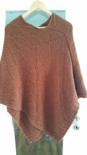 Orange-brauner Poncho