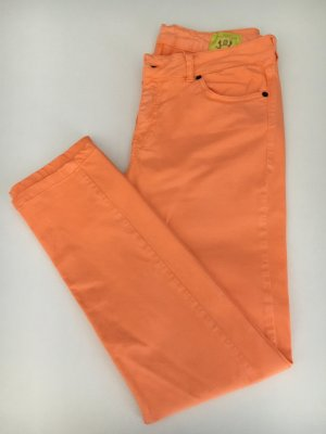 Orange Hose von Witty Knitters